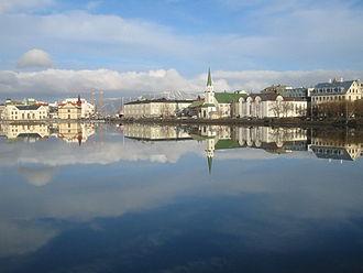 Miðborg - Image: Tjörnin, Reykjavik