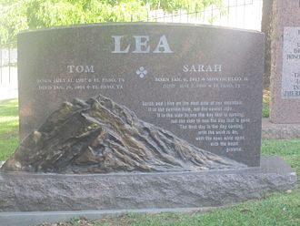 Thomas C. Lea III - Lea gravestone at Texas State Cemetery in Austin, Texas