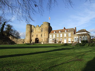 Tonbridge Castle - Image: Tonbridge Castle 0021