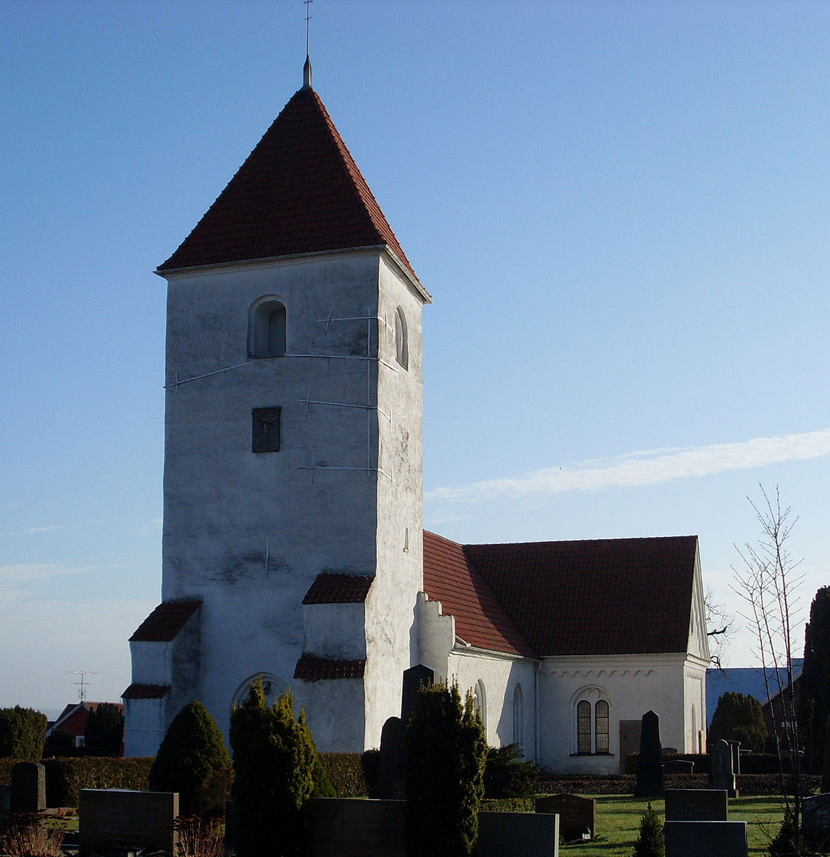 Hllestad Church - Wikipedia