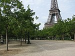 Tour Eiffel et le Champ-de-Mars.jpg