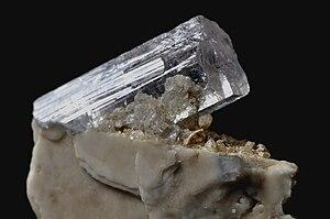Elbaite - Image: Tourmaline achroïte 1(Pakistan)