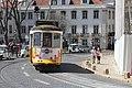 Tramway place Cathédrale Lisbonne 3.jpg