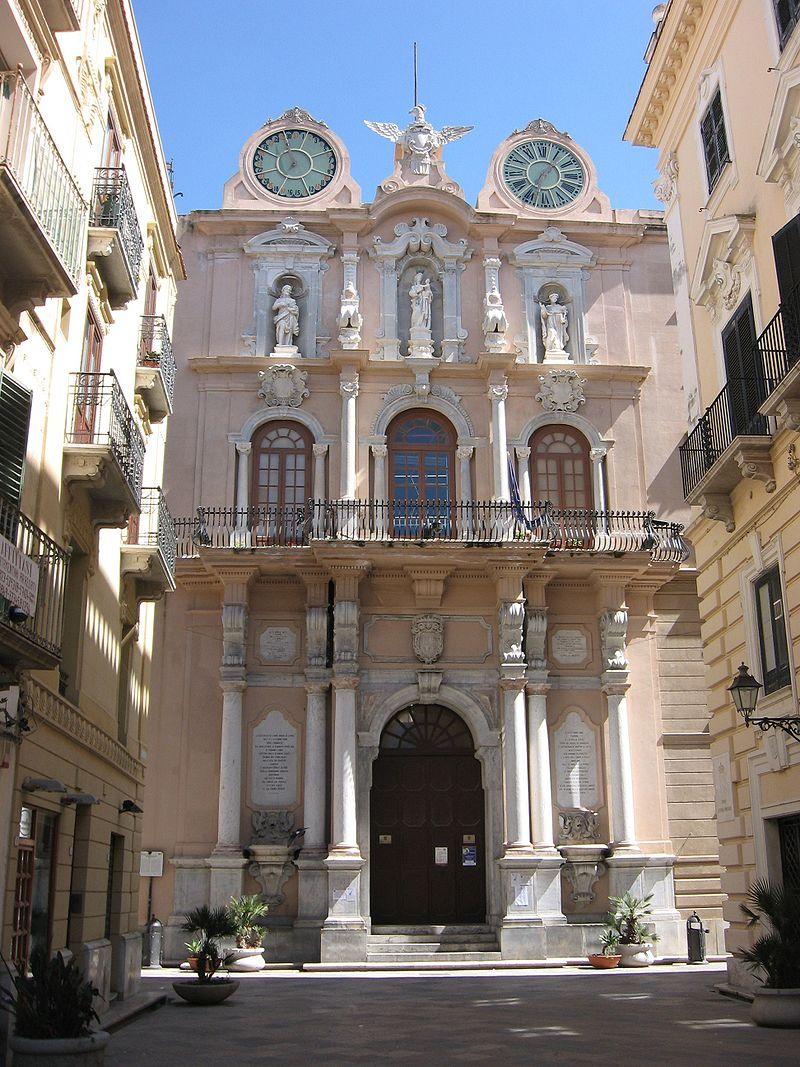 Trapani - Palazzo Cavarretta.jpg