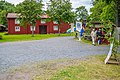 Tunabygdens gammelgård, entrén, midsommar 2014.jpg