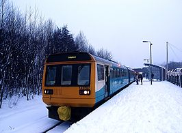 Unit 142080 at Ton Pentre railway station in 2010.jpg