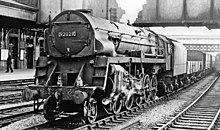 9F 92029 at Newport in 1963. By this stage it had been converted back to a  conventional arrangement