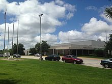 Valparaiso High School front.jpg