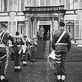 Verjaardag van Zijne Koninklijke Hoogheid Prins Bernhard defile (Aubade), Bestanddeelnr 911-3799.jpg
