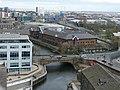 Victoria Bridge, Leeds (geograph 6105172).jpg