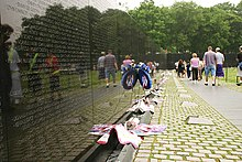 vietnam veterans memorial collectionedit - Who Designed The Vietnam Wall