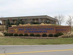West Virginia University at Parkersburg - Entrance to WVU Parkersburg.