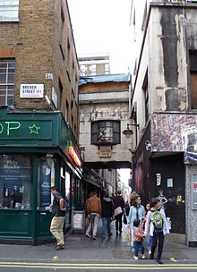 https://upload.wikimedia.org/wikipedia/commons/thumb/9/91/Walker%27s_Court%2C_Soho_%2810%29.JPG/220px-Walker%27s_Court%2C_Soho_%2810%29.JPG
