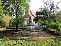 Wat Kampong Tralach Leu Vihara 01.jpg