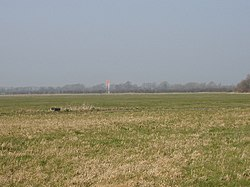 Weston-on-the-Green grass airfield for parachuting and gliding - geograph.org.uk - 387615.jpg