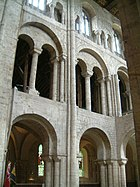 The south transept of Winchester Cathedral is in 3 stages. pic C.Finot