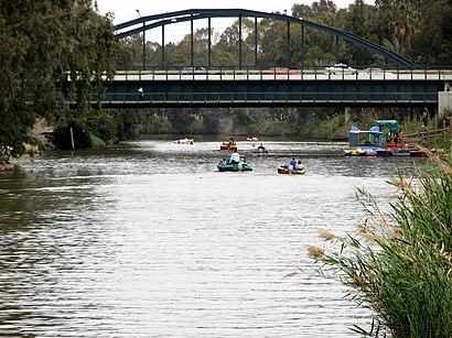 איך מגיעים באמצעות תחבורה ציבורית  לגשר הירקון? - מידע על המקום