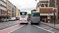 Zweireihig parkende Touristenbusse, Komödienstraße, Köln-5602.jpg
