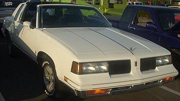 Oldsmobile Cutlass Supreme - Wikiwand