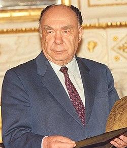 Александр Яковлев (cropped).jpg