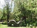 Скульптура на набережной Пицунды - panoramio - Наталья Филатова (3).jpg
