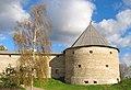Старая Ладога Климентовская башня осенью.jpg