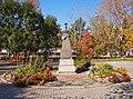 Хабаровск. Автовокзал. Братская могила австро-венгерских и немецких солдат Первой мировой войны, умерших в плену.jpg