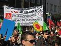 1. Mai 2013 in Hannover. Gute Arbeit. Sichere Rente. Soziales Europa. Umzug vom Freizeitheim Linden zum Klagesmarkt. Menschen und Aktivitäten (076).jpg