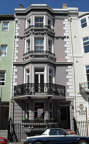 Grade II listed buildings in Brighton and Hove: M - Image: 10 Madeira Place, Brighton (NHLE Code 1381701)
