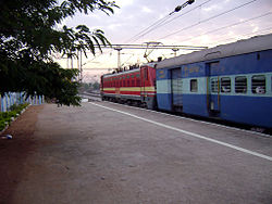17406 Krishna Express with LGD WAP-4 loco 01.jpg