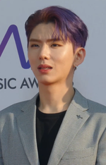 190424 Kihyun The Fact Music Awards (2).png