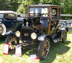 Vintage car - 1919 Ford Model T coupe