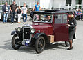 1931 Singer Junior Saloon 8 HP, Owner Kjartan Meyer who wears period attire and picks up lady companion dressed in style as well IMG 9333.JPG