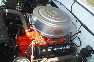 Ford Y-block engine - A 292 Y-block engine in a 1955 Ford Crown Victoria Skyliner