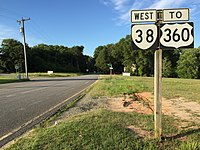 2017-06-26 19 15 16 View west along Virginia State Route 38 (Five Forks Road) at Virginia Street (Virginia State Secondary Route 1009) in Amelia Courthouse, Amelia County, Virginia.jpg
