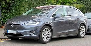 Tesla Model X - Image: 2017 Tesla Model X 100D Front
