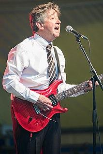 Tony Hicks English guitarist and singer
