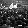 24.05.1968. Manif étudiants L. Bazerque au balcon. (1968) - 53Fi3256.jpg