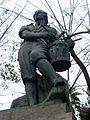 25 El timbaler del Bruc, de Frederic Marès, c. Corint.jpg