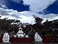 7,191m Noijin Kangsang 5,560m Kharo La Glacier 5,020m Kharo La Tibet China 西藏 卡若拉冰川 宁金抗沙峰 - panoramio (1).jpg