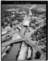 AERIAL VIEW OF LOCKPORT LOOKING NORTHEAST. LOCKS VISIBLE IN IN UPPER RIGHT SIDE OF PHOTOGRAPH. - New York State Barge Canal, Lockport Locks, Richmond Avenue, Lockport, Niagara HAER NY,32-LOCK,14A-2.tif