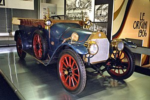 Alfa Romeo - The A.L.F.A 24 hp (this is with Castagna torpedo body) was the first car made by Anonima Lombarda Fabbrica Automobili (A.L.F.A) in 1910.