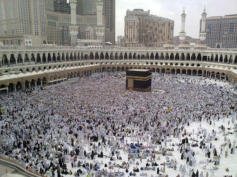 File:A Last day of Hajj - all pilgrims leaving Mina, many already in Mecca for farewell circumambulation of Kaaba - Flickr - Al Jazeera English.jpg