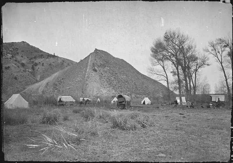 File:A camp on Henry's Fork. Daggett County, Utah - NARA - 516935.tif