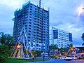 Abreeza Tower - Seda Hotel - panoramio.jpg