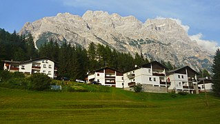 Sorapiss mountain ridge in the Dolomites