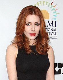 Actress Elena Satine (cropped - Medium shot).jpg