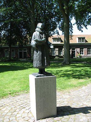 Adrianus Valerius - (Valerius' statue in Veere)