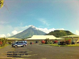 Mount Mayon from Legaspi airport. Uploaded 10/...
