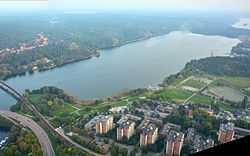 Albysjön, flygfoto 2014-09-20.jpg
